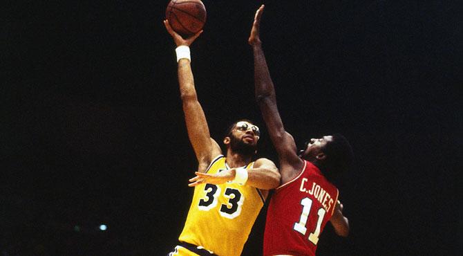 Muere Caldwell Jones, el neumático de repuesto de las estrellas NBA