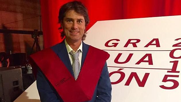 Julen Guerrerro, en su acto de graduación como periodista