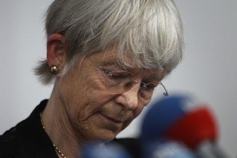 La obispo Maria Jepsen, durante su comparecencia ante los medios. | Reuters