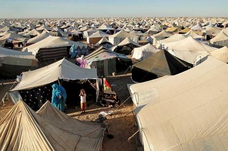 Vista general del campo de desplazados saharauis instalado cerca de El Aaiún. | Efe