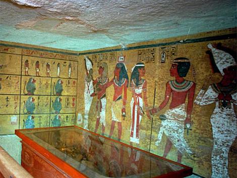 Foto de archivo (1995) del interior de la tumba de Tutankamon. | Afp