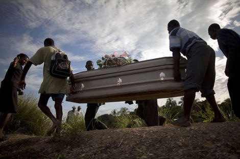 Casi 5.000 personas han muerto estos meses a casua del cólera en Haití. | Efe