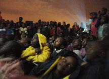 Proyección en Mathare.| Slum Tv