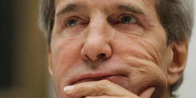 Kerry, este martes, antes de testificar ante el Comité de las Fuerzas Armadas del Senado. | Getty