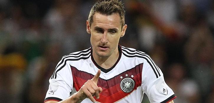 Klose supera a Müller como máximo goleador histórico de Alemania