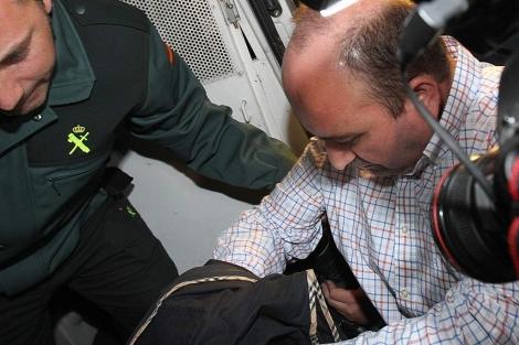 Trujillo, sale de los juzgados camino de la prisión. | Carlos Márquez