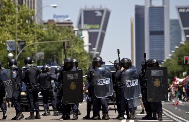 Antidisturbios en una protesta minera en Madrid,   Alberto di Lolli