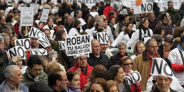 Manifestación este domingo en Madrid contra los recortes en Sanidad. | Efe