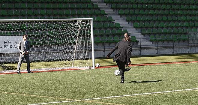 Zapatero le marcó un penalti a Casillas con la derecha