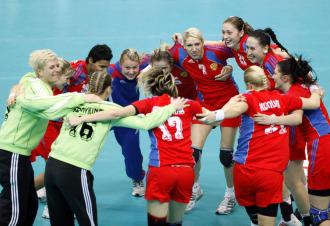 Las jugadoras de la selección rusa celebran su victoria