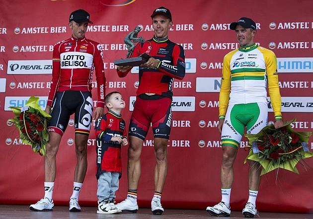 Philippe Gilbert gana una accidentada Amstel Gold Race