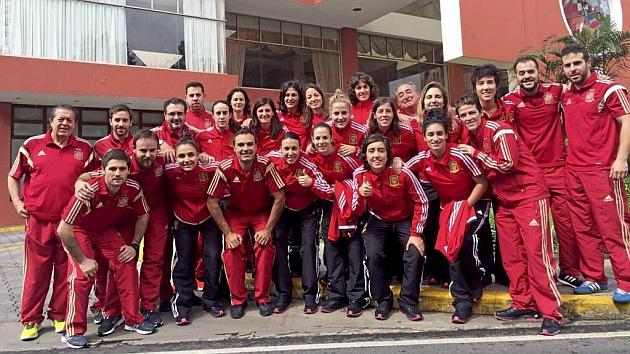 La selección española de fútbol sala posa en Guatemala