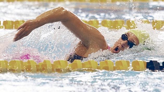 Mireia Belmonte, nadando los 800 m libre.