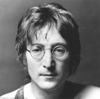 https://i1.wp.com/estatoilmaggiordomo.files.wordpress.com/2012/12/john-lennon.jpg?w=200