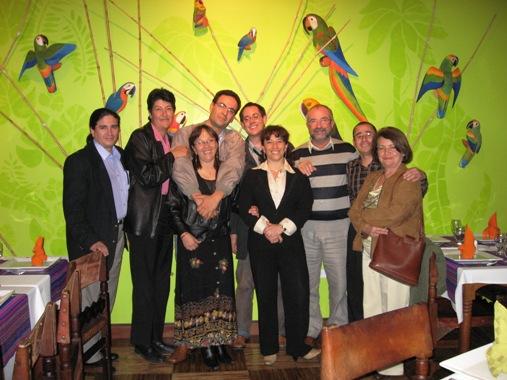 Los docentes de la MIATEFAS y Juan Luis en la cena