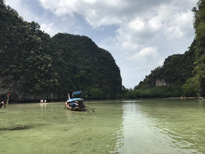 hong-island-lagon-bleu-2