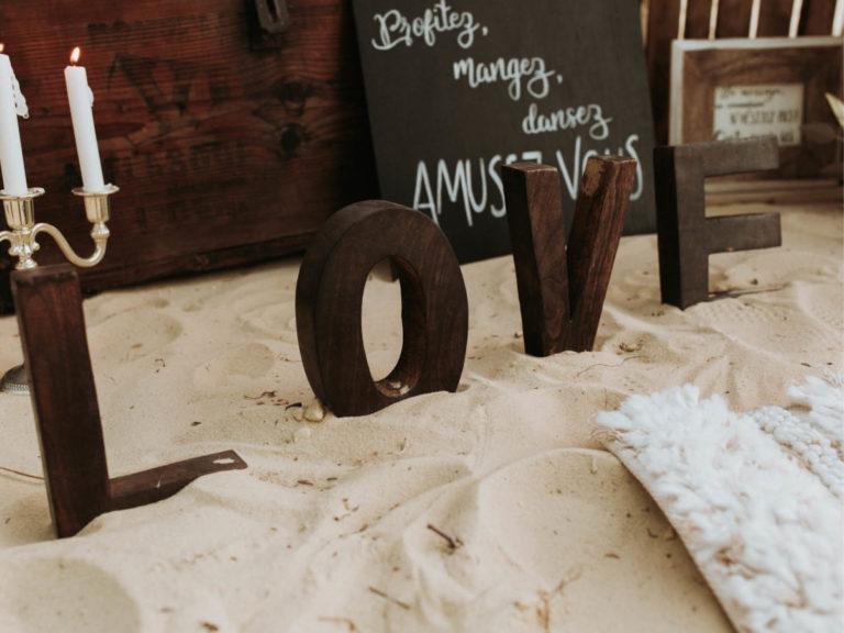 decoration-mariage-love