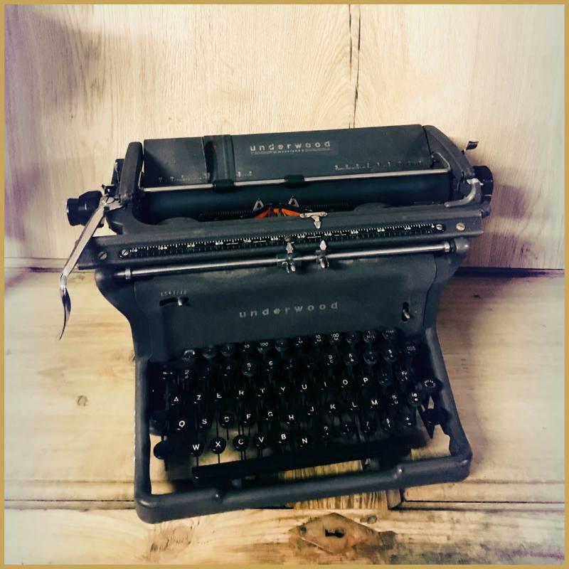 location machine a ecrire vintage