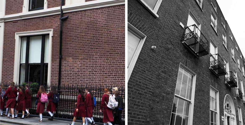 Étudiantes dans les rues de Dublin