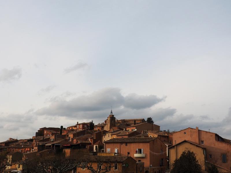 Vue sur le village de Roussillon