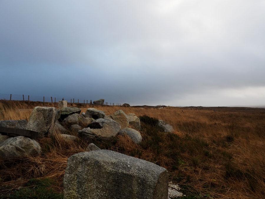 Les paysages interminables du Conemara, sur le chemin pour la ville de Clifden