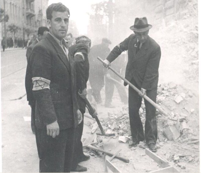 Jews in forced labor