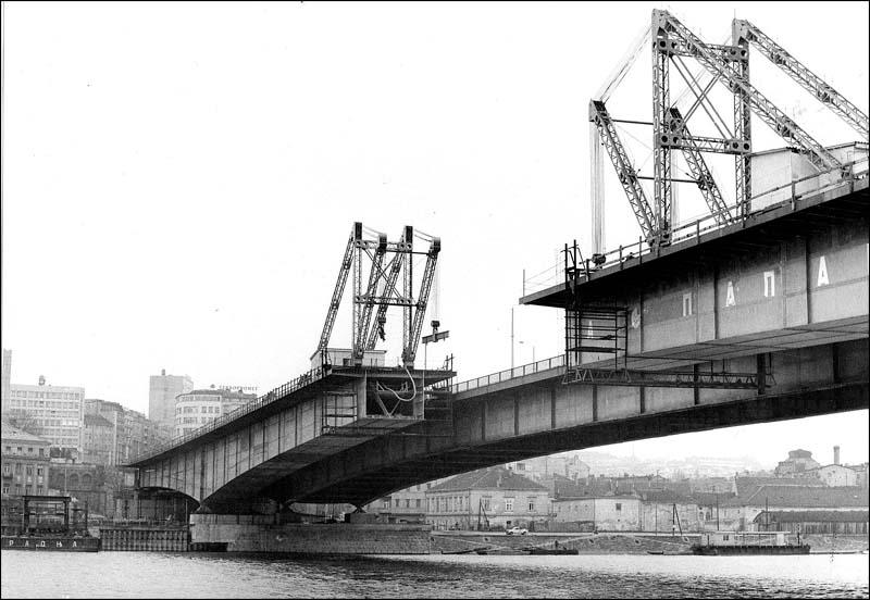 Изградња Бранковог моста