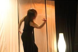 Ester-Bach-Dansa-expressio-corporal