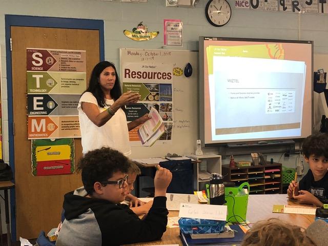 """2-5-8-Graduate"" Junior Achievement's Programs  A Resounding Success in Four Estero Area Schools"