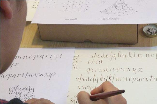 Taller de caligrafia con plumilla, en Ideas en Polvo. Valladolid