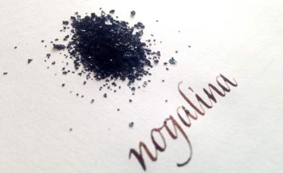 Tinta basica para practicar caligrafia: nogalina