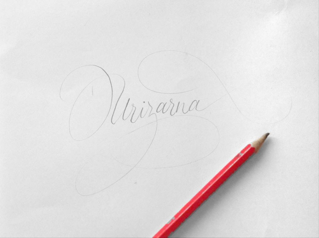 Desde cero: útiles básicos para caligrafía, ¡un lápiz!