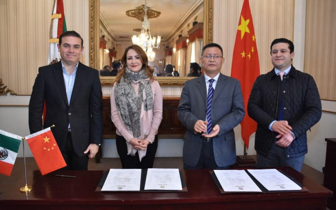 Ya está Guanajuato en chino: Sella amistad con Fengdu