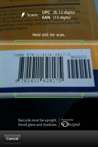 바코드에 카메라를 가져다댄다. 상자모양 표시에 집어넣으면 된다. 핀트가 맞으면 폰이 진동을 하면서 자동으로 검색으로 넘어간다. 아주 편리!