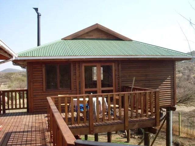 Timber House Bungalow_design-net-biz