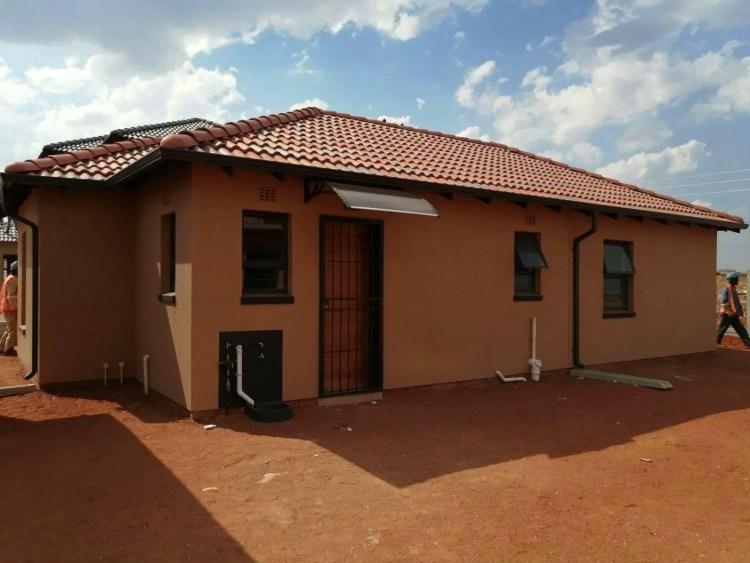 Protea Glen Extension 40 Soweto Johannesburg Houses (1)