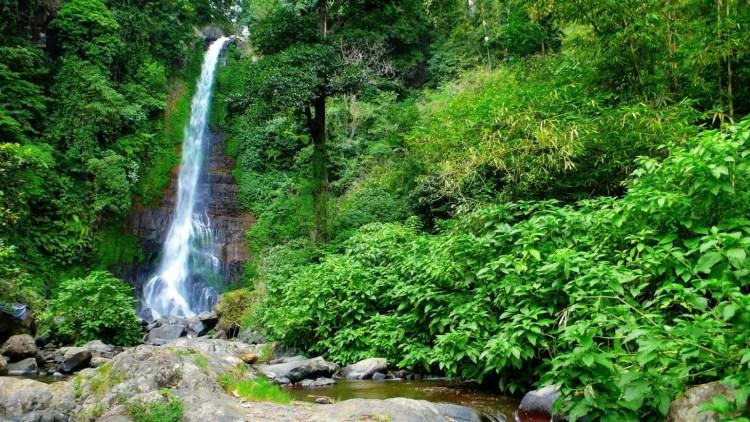Tawangmangu, Mountain Resort Mt Lawu Grojogan Sewu Indonesia
