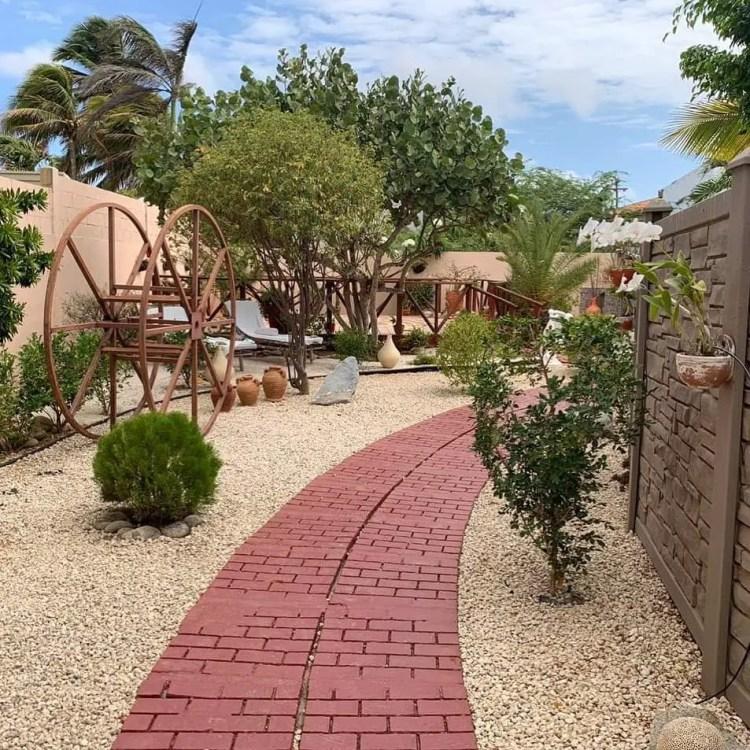 Nafanny Spa, Alto Vista 39F, Noord, Aruba Fanny Lumps Home and Yard (9)