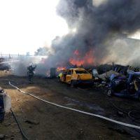 ULTIMA ORĂ Tone întregi de deșeuri au luat foc la REMAT Bârlad