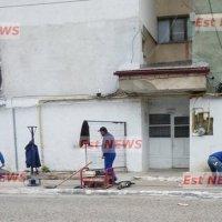 Lucrurile au început să se miște în celebrul bloc D5 din Bârlad: se monteaza apometre pe scara blocului