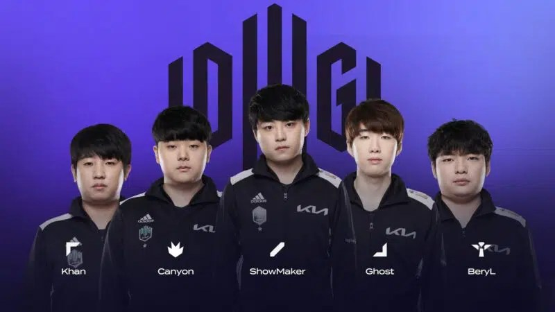 The DAMWON Gaming KIA 2021 LoL roster of Khan, Canyon, Showmaker, Ghost and BeryL appear together with their names beneath them and the DWG KIA logo behind them.