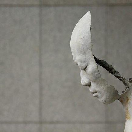 Las esculturas existenciales de Park Ki Pyung