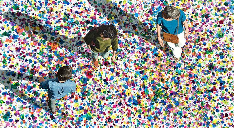 Explosión de colores en la obra de Eva Navarro