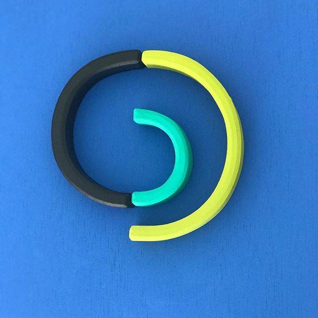 Amaya O´Neill: equilibrio, geometría y color