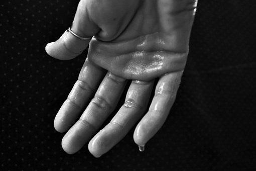 Sudoración excesiva: Tratamiento y soluciones 0