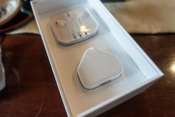 香港版iPhone 6s PlusのACアダプタ