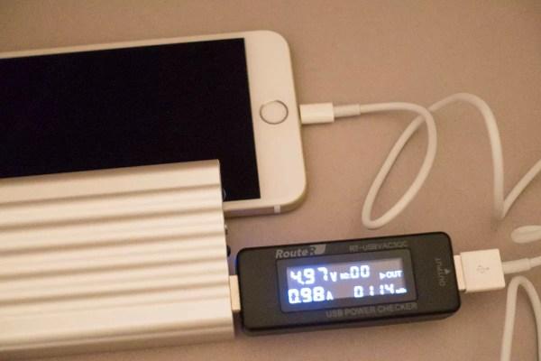 iPhone 6 Plusを1Aポートで充電