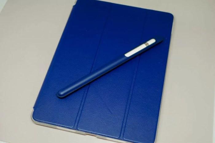 手書きノートとペン