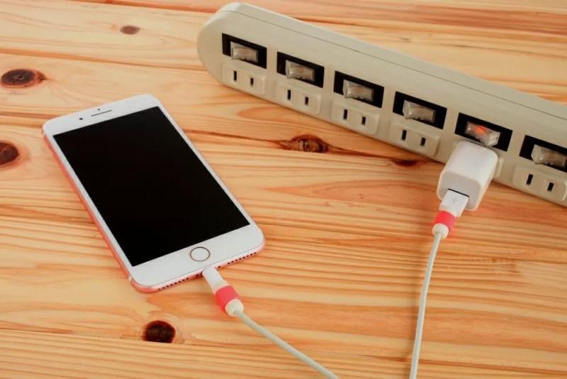 充電と言えばケーブル接続が基本