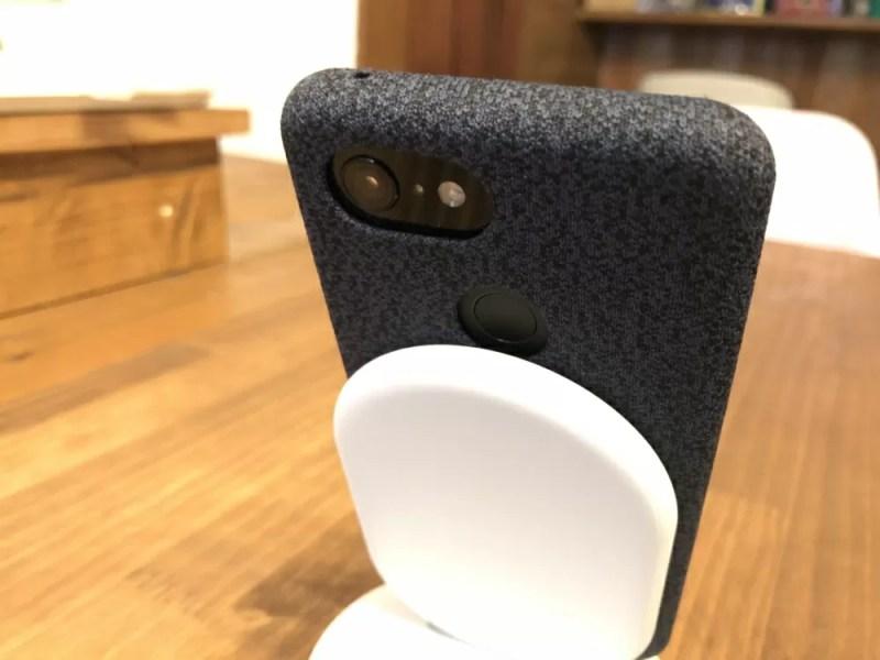 Pixel 3の指紋センサーとPixel Standが干渉してしまう